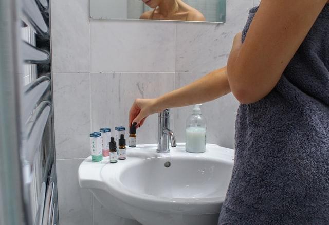 Kan CBD virke mod menstruationssmerter?